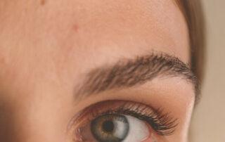 Vokser øjenvipper ud igen?